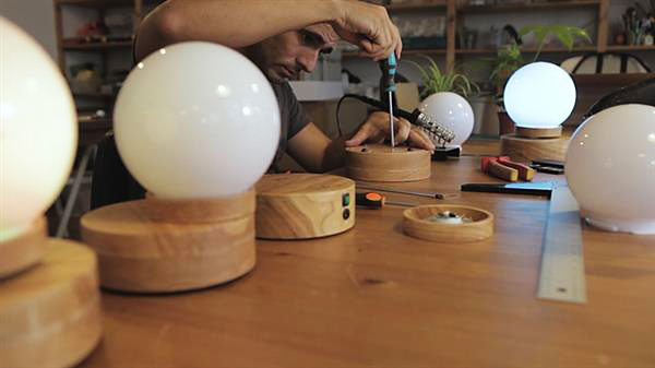 کاربرد چاپگرهای سه بعدی در ساخت لامپ معلق